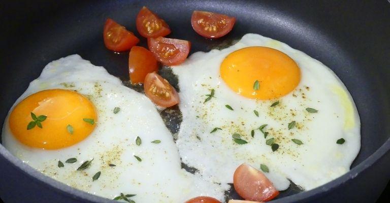 ovos com orégano
