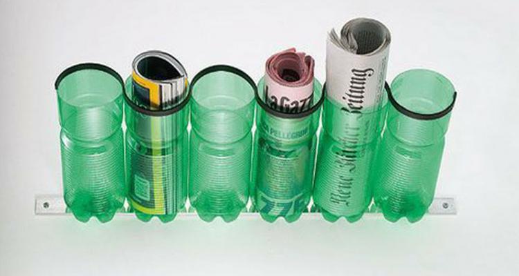 Porta revistas feito com garrafas de plástico
