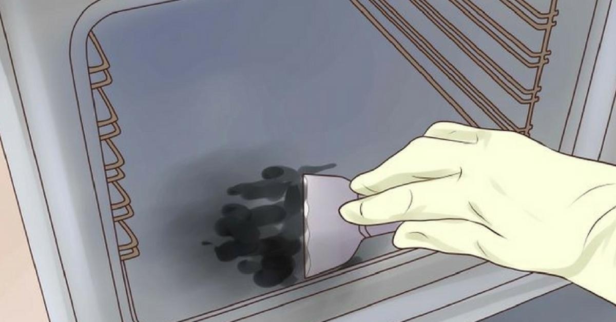 limpar o forno com espátula